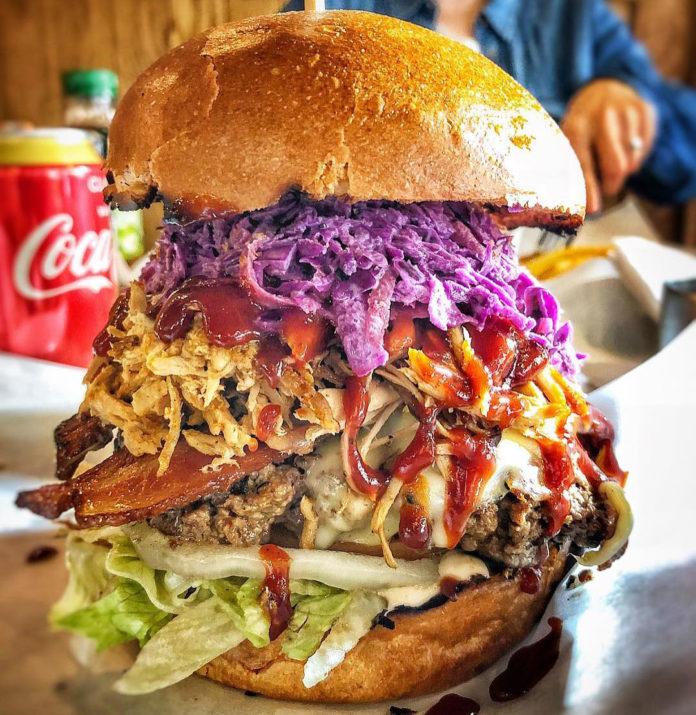 Dennistoun BBQ - Glasgow's Best Burger